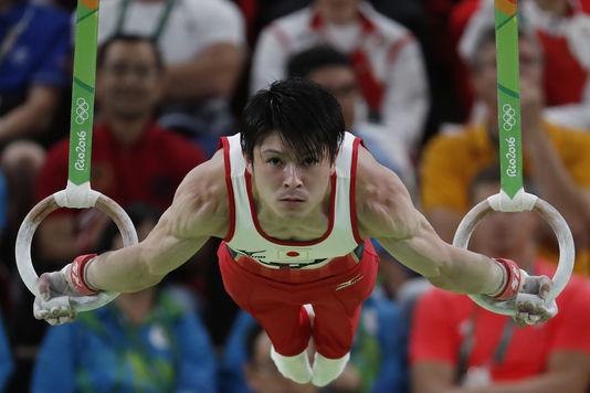 4981098_6_f166_kohei-uchimura-a-remporte-deux-medailles_7d1d0fa82f1d5cfbb2610f7b768bd410